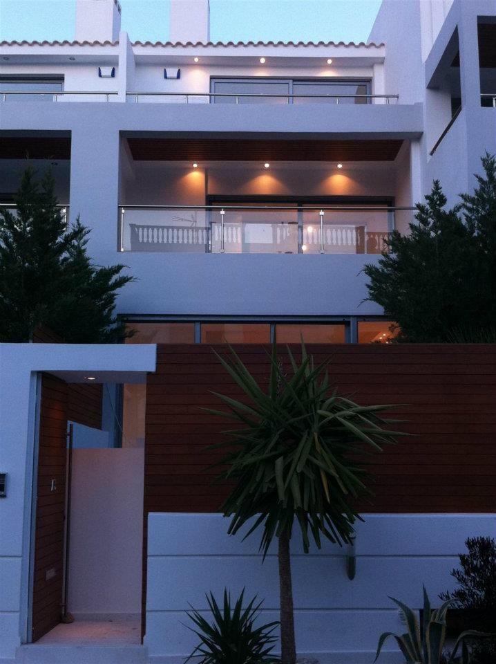 Μονοκατοικία στην Αττική - Detached House in Attika - Коттедж в пригороде Афин