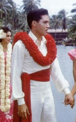 """Elvis in """"Blue Hawaii"""". I do love you for all my heart Elvis Aaron Presley"""