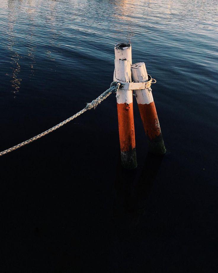 "192 Likes, 1 Comments - J M C B (@jmcbarradas) on Instagram: ""alone. 🎧 Frank Ocean - Channel . . . #vsco #vscocam #reflection #dock #beach #boat #visual_square…"""