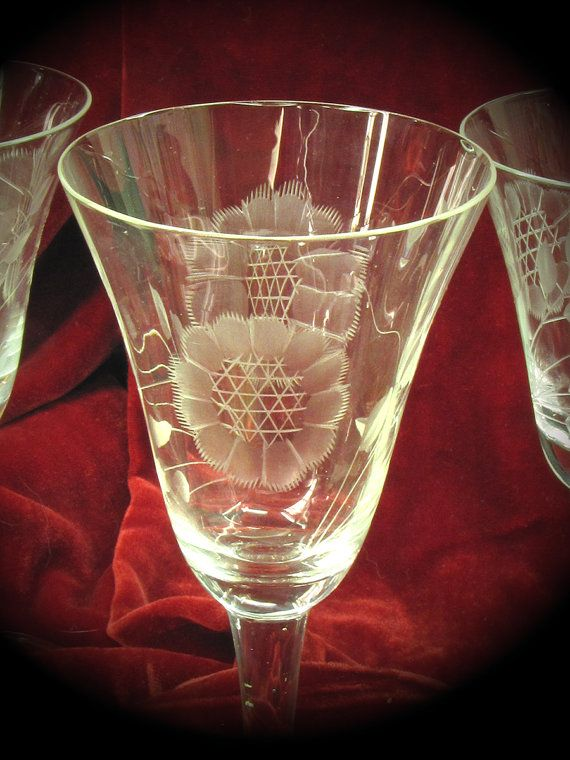 1950 S Vintage Corn Flower Crystal Wine By