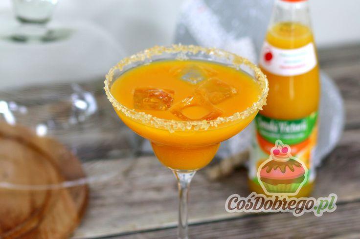 Przepis na Pomarańczową margaritę https://cosdobrego.pl/przepis-na-pomaranczowa-margarite/