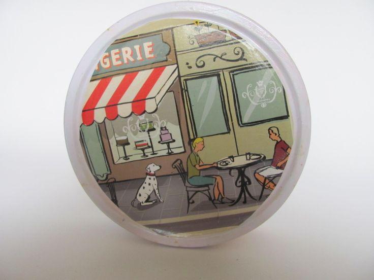 Кутия за сладки Френско бистро