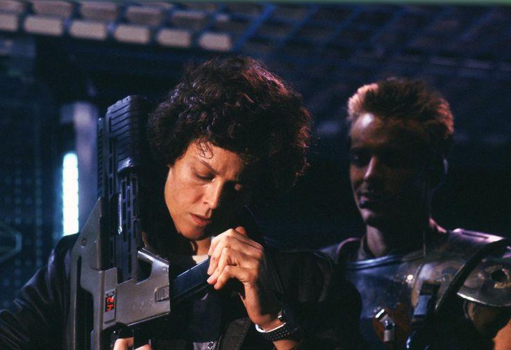 Sigourney Weaver & Michael Biehn as Ripley & Hicks in #Aliens (1986)