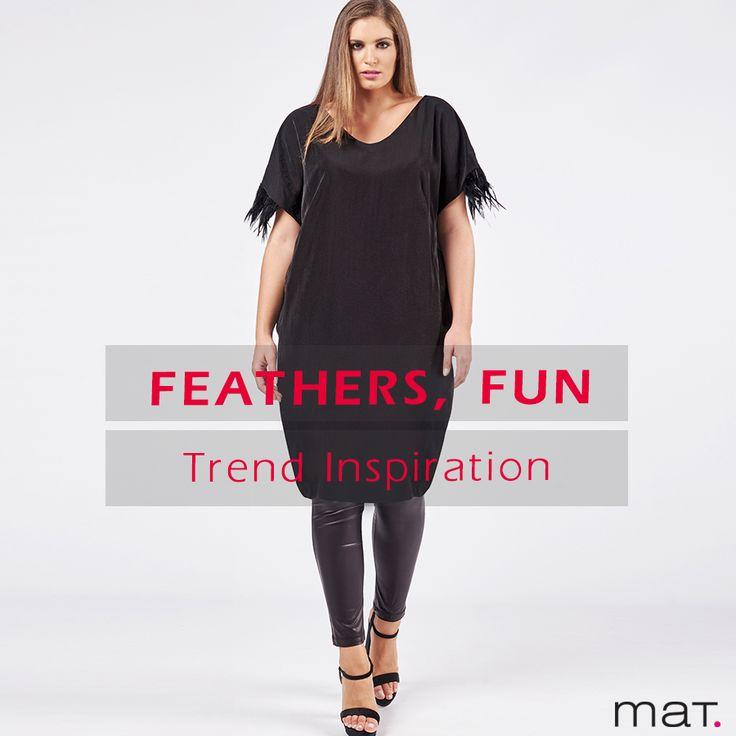 Do it like a fashionista! Φόρεσε την πιο chic εκδοχή του feather trend στο μαύρο φόρεμά σου. Ανακάλυψε το ➲ code: 681.7217  #matfashion #realsize #fw1718 #fashion #feathers #trend #inspiration #psootd #plussizefashion #lovematfashion