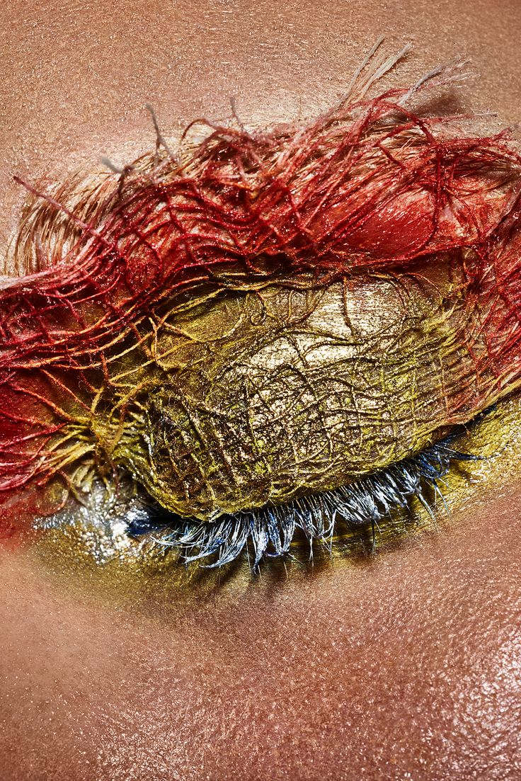 The Spring 2015 Texture Trend Taken to an Entirely New Level - Gallery - Style.com