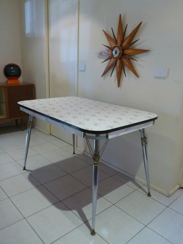 1950s 60s retro laminex laminate kitchen dining table chrome vintage atomic - Formica Kitchen Table