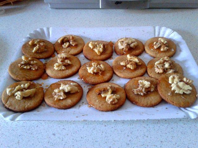 Biscotti alle noci, ricetta di Pasquale Boscariello (vegan)