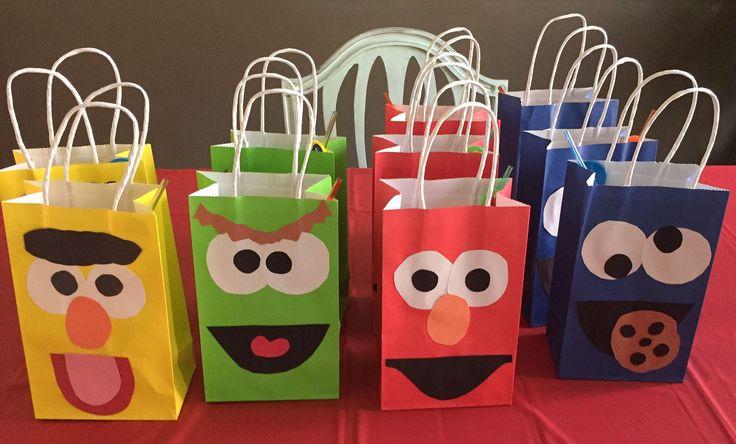 https://flic.kr/p/AVCvNX | Gift bags | Gift bags