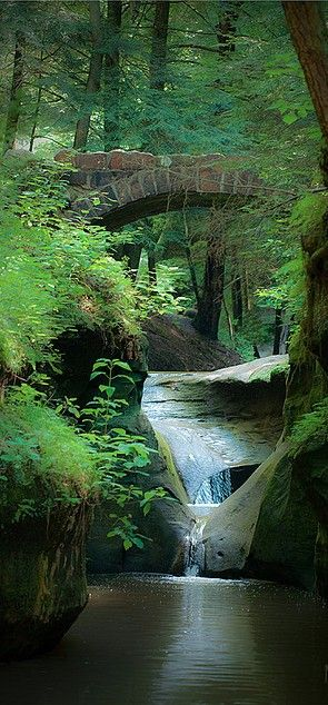 """""""Old Man's Cave,"""" located at Hocking Hills State Park in southern Ohio, got its name from hermit Richard Rowe who made the large cave home in the early 1800s. (photo: Heather Morris)"""