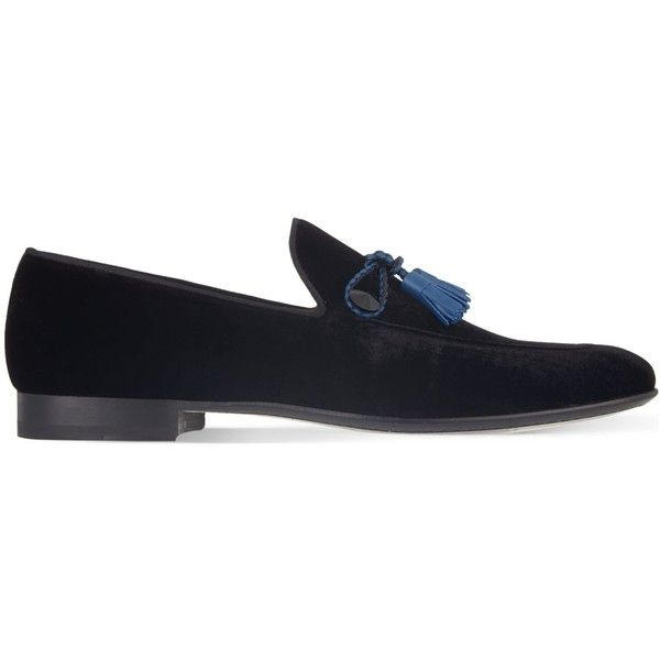 Magnanni Velvet tassel loafers ($290) ❤ liked on Polyvore featuring men's fashion, men's shoes, men's loafers, mens woven shoes, mens velvet shoes, mens tassel loafer shoes, mens woven loafer shoes and mens tassel shoes