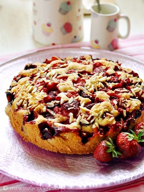 Strawberry cake - can someone translate this recipe?   It looks delicious!