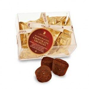Savina Romania va invita sa degustati din aceste minunate trufe de ciocolata pentru a va transforma ziua intr-o sarbatoare, intr-un paradis.
