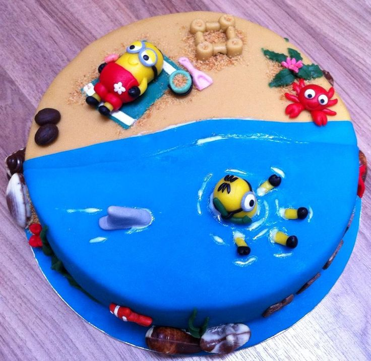 Minion on the beach cake...!
