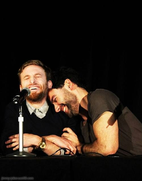 Aidan Turner and Dean O'Gorman = Best Bromance ever ❤️