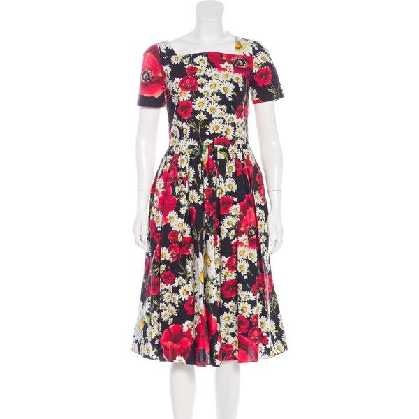 Pre-owned Dolce & Gabbana 2016 Poppy & Daisy Print Dress ($1,095) ❤ liked on Polyvore featuring dresses, black, mid calf dresses, short-sleeve dresses, short sleeve midi dress, poppy dress and dolce gabbana dress