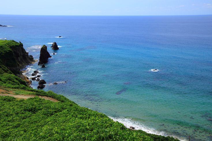 屏風岩 京丹後の綺麗な海と田んぼ 京都の海に立つ岩の屏風