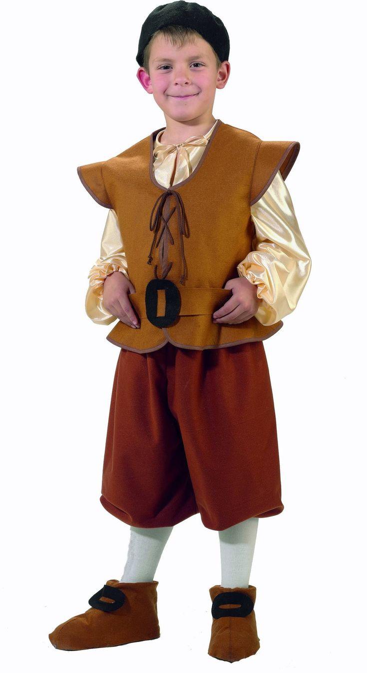 Boerenjongen kostuum voor jongens: Dit middeleeuwse boeren kostuum voor jongens bestaat uit een top, een korte broek, een riem, een pet en aan paar over-schonen (panty's niet inbegrepen).De top bestaat uit een wit overhemd...