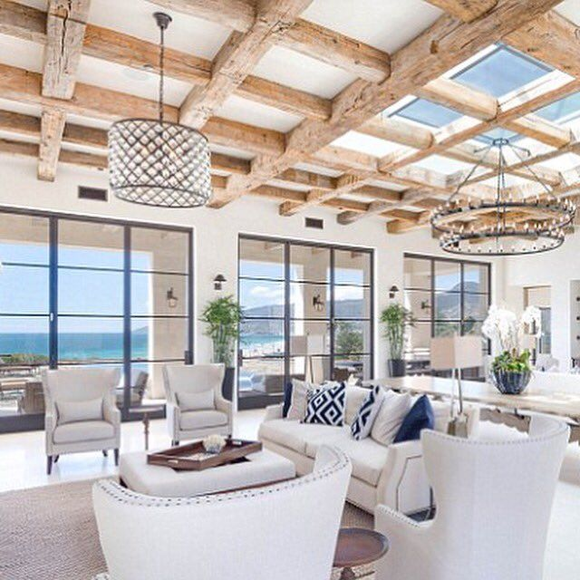 Natural Light: The Square Foot Mansion Included Plenty Of Naturalu2026