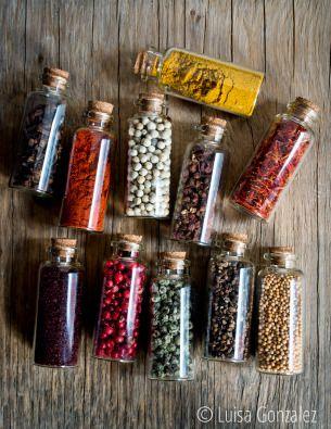 Para conservar el aroma y la magia de las especias es recomendable emplear frascos de vidrio...