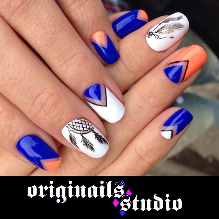 Geometrical nails with lechat perfect match soak off gel