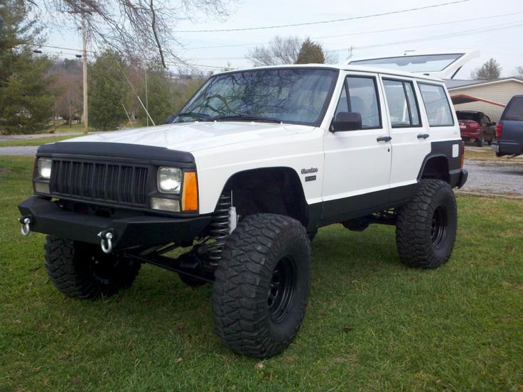 Pin by Tyler Perry on jeeps White jeep, Jeep xj, Jeep