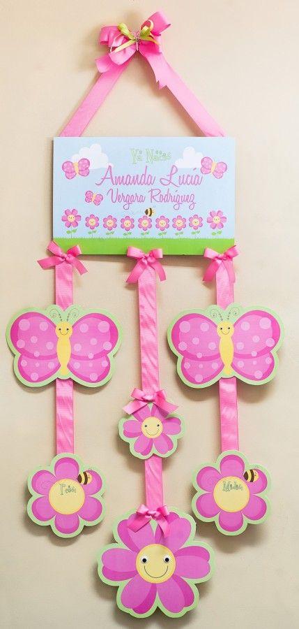 Adornos personalizados para puertas ideales para nacimientos de bebés. Disponibles en el color y tema de su preferencia.