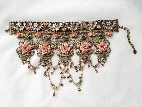 Michal Negrin 8 inches tall Rose Choker Necklace