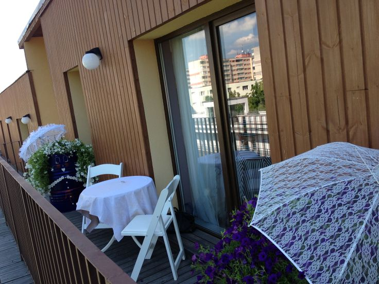 Ne-am distrat pe balcon alături de Lulu şi Lula!