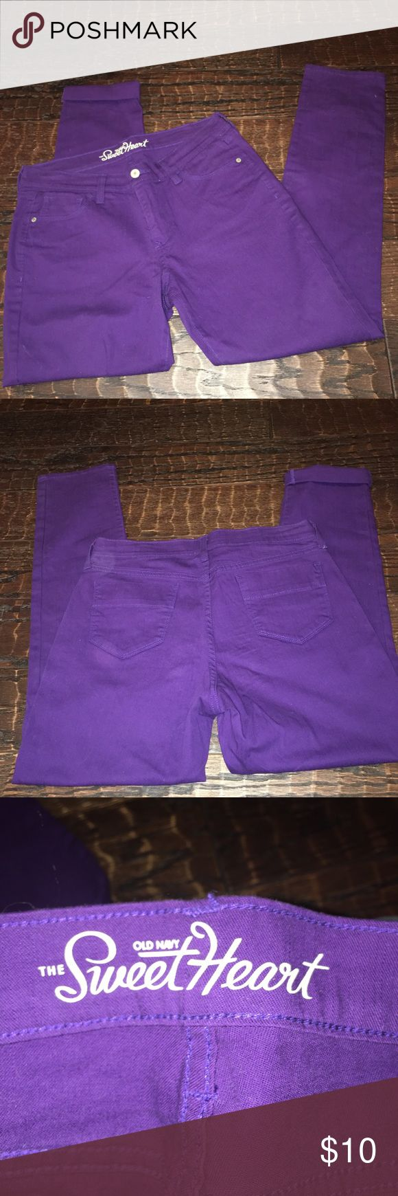 Old navy jeans Women's size 10, sweetheart style purple jeans. Great condition. *Inseam 30* Old Navy Jeans