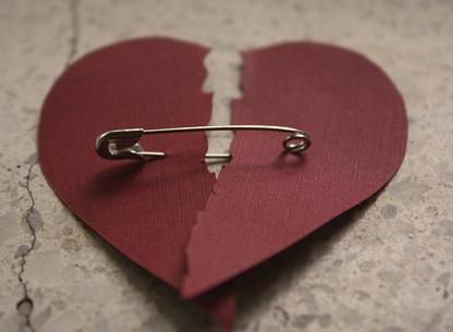 Dealing with Heartbreak: Mendes Heart, My Heart Broken Again, Real Life, Broken Heart Pictures, Deals With Heartbreak, Love Heart, Brokenheart, Heartbroken, Fixer Upper