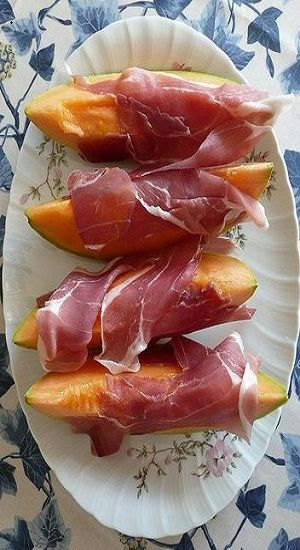 prosciutto & melone all inclusive holidays to Italy, overseas adventure travel, holidays, Italian food. Find a great choice of holiday from leading travel companies - visit http://www.adventuretravelshop.co.uk/adventure-holidays-europe/all-inclusive-holidays-to-italy/