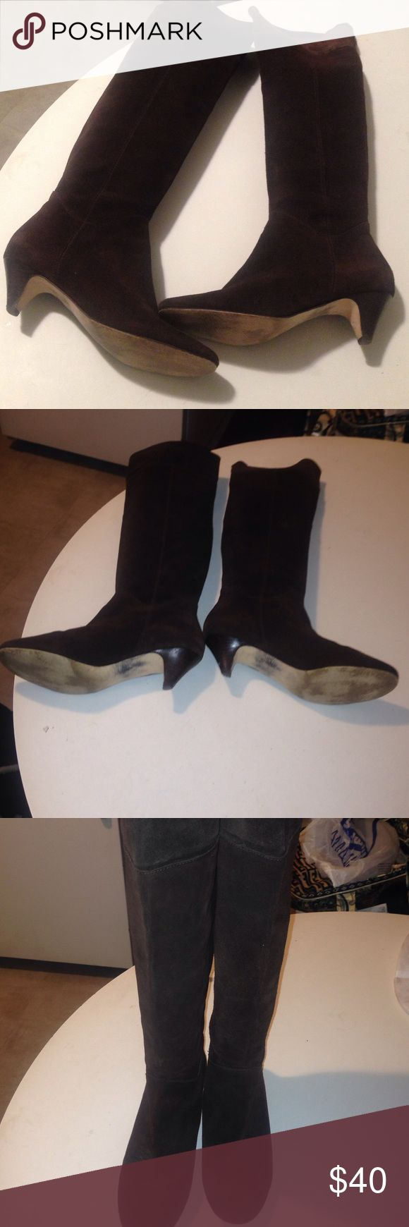 Authentic STEVE MADDEN KNEE HIGH BOOTS 💥💥SALE Long suede boo. Can be cuffed st the knee. 2.5' heels with minor wear. Stylish & clean Steve Madden Shoes Winter & Rain Boots