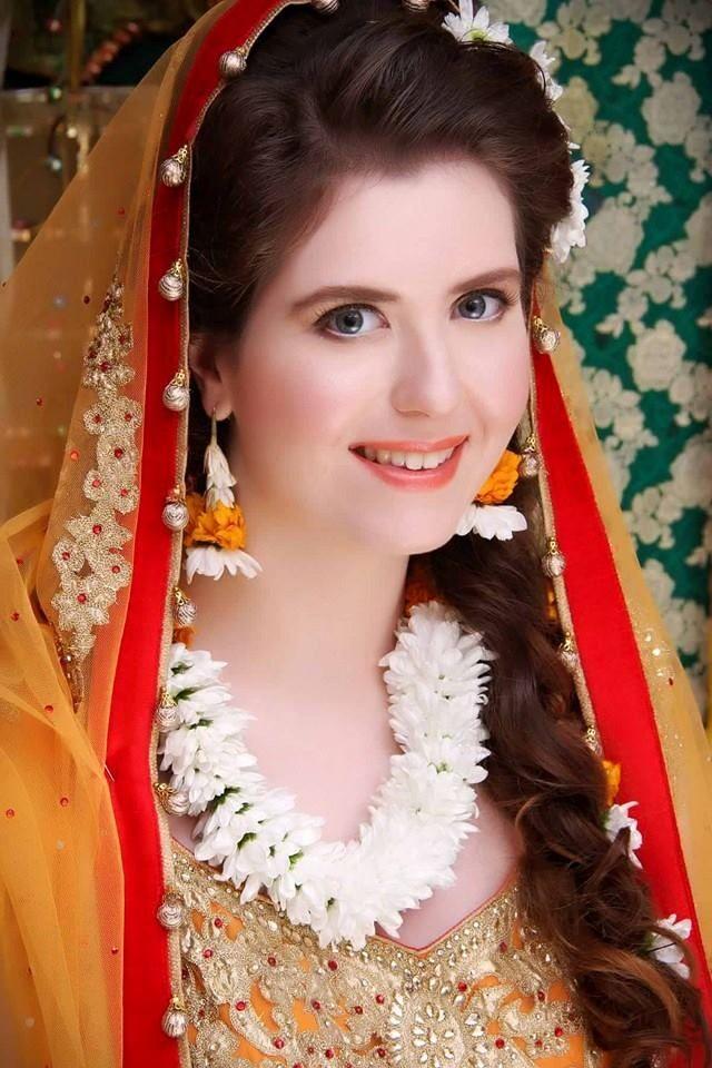 Makeup For Mehndi Function : Best mehndi bridal makeup images on pinterest