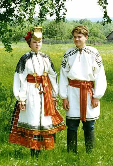 Man's and female wedding costumes. 1920th. Voronezh province.