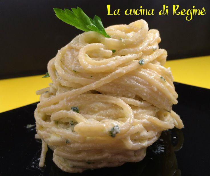 Spaghetti aglio, olio con la ricotta