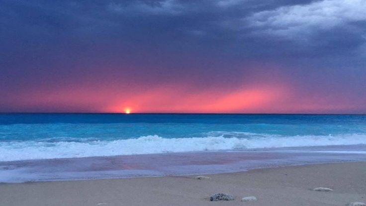 Συννεφιασμένο ηλιοβασίλεμα στο Κάθισμα Λευκάδας | My Lefkada