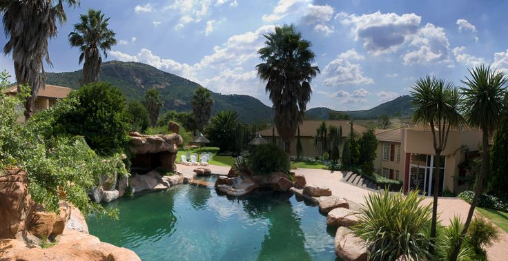 Glenburn Lodge Rock Swimming Pool