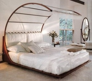 Unique Bed   This Would Be Fun To Have.