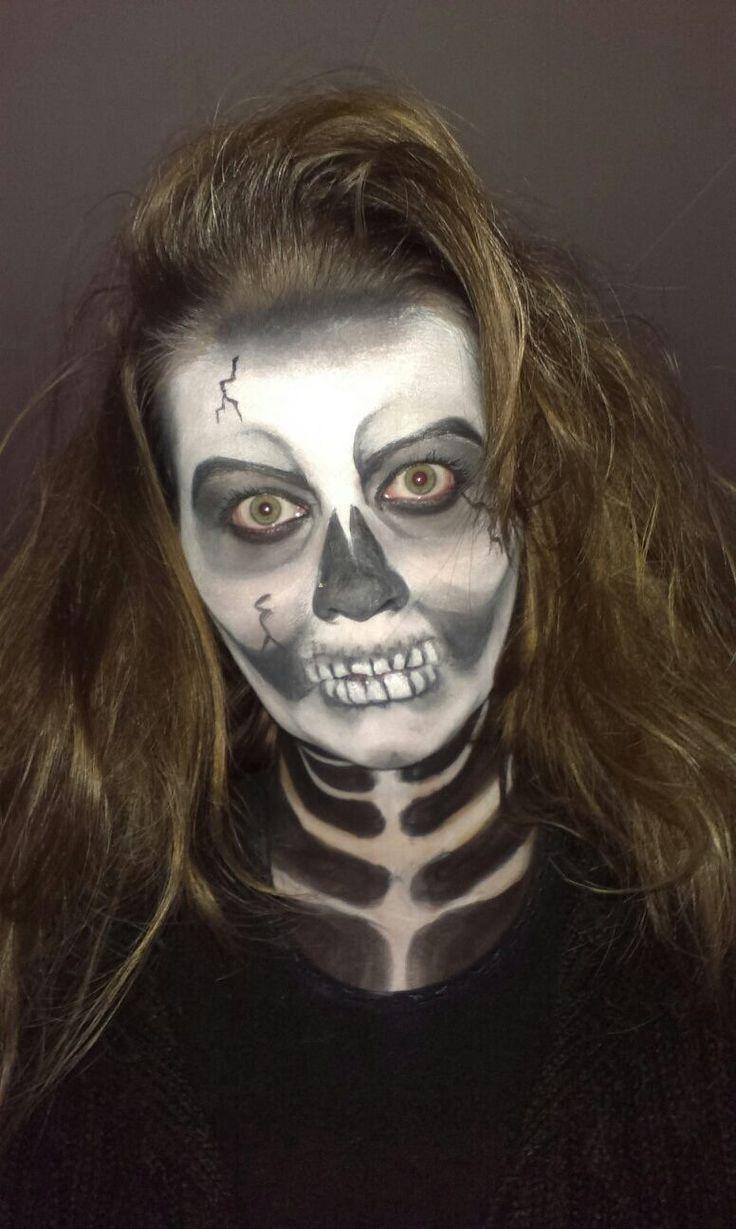 Grime, make up, schmink, face painting, skelet, skull wwww.spontaantheater.nl