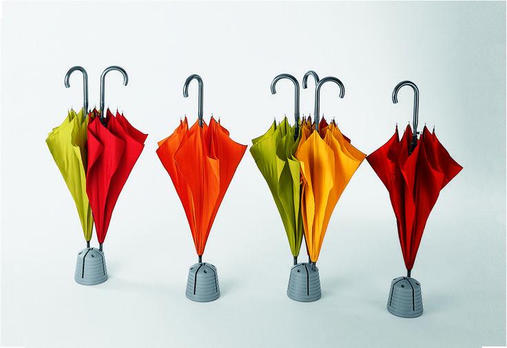 Blitz, the umbrella stand by Plart Design http://goo.gl/ODWgdT