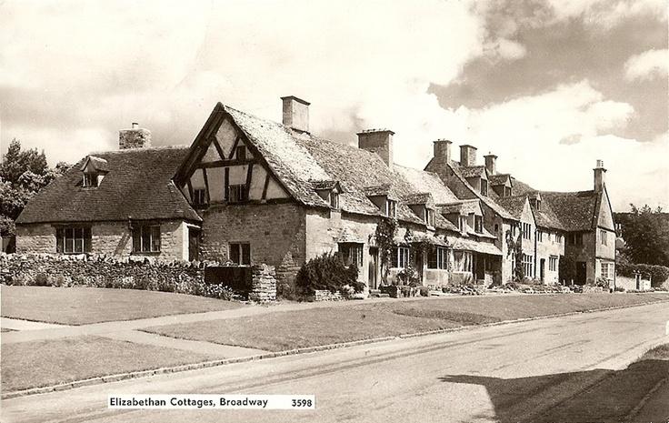 Worcestershire, Broadway, Elizabethan Cottages 1950's.jpg 980×620 pixels