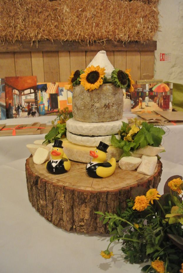 Now that's a cheeseboard!
