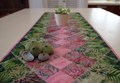 Simple Table Runner Quilted Things Table Runners