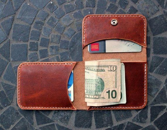Men's Slim Trifold Leather Wallet