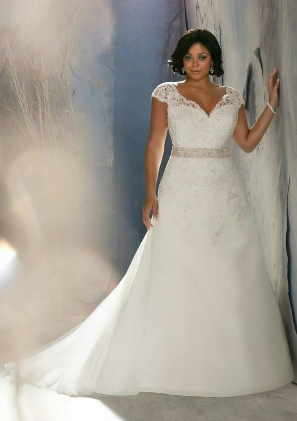 Love this plus sized wedding dress for us busty girls who for Busty brides wedding dresses