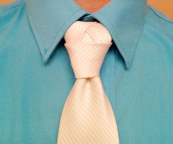 nos_de_gravata_zelda_triforce_necktie_knot