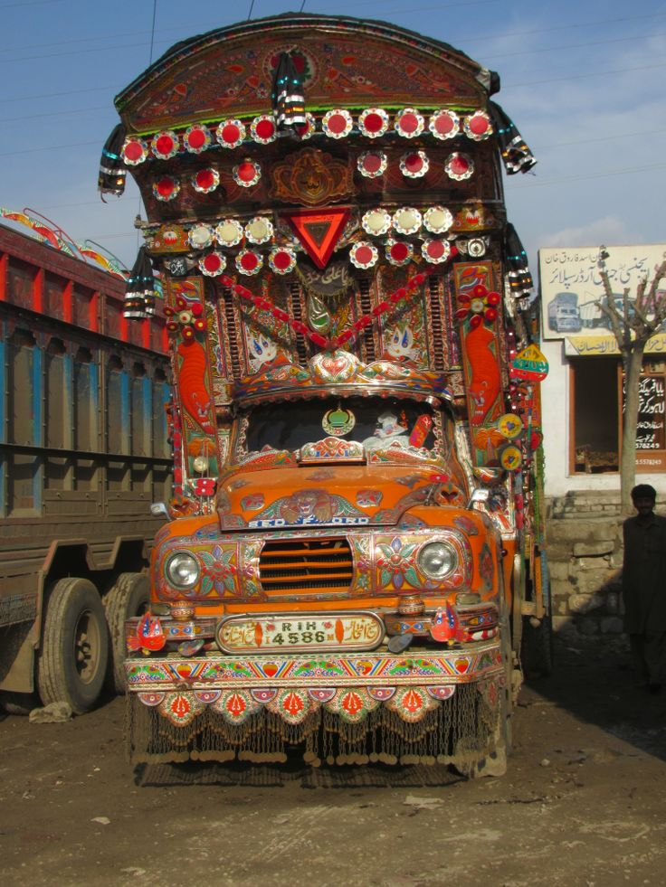 this is a jingle truck in pakistan i love the way