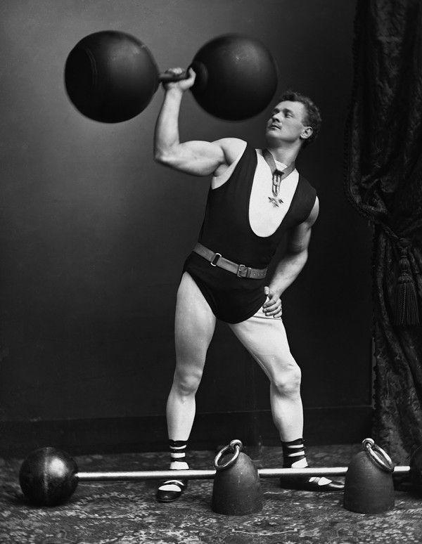 Circus strongman and bodybuilder Eugen Sandow c. 1903.