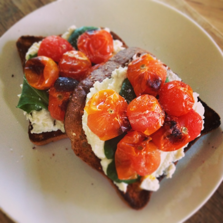Roasted Tomatoes with Ricotta on Toast - another fabulous 12wbt meal from Michelle Bridges!