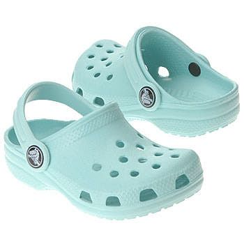Crocs should be banned! ... NEVER ... @Lakan Taylor Taylor Newman :)